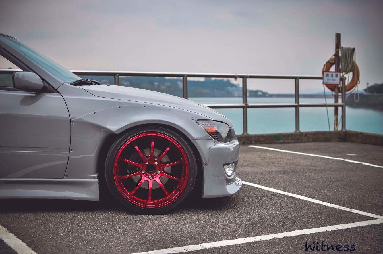 Img on lexus is300 wide body kit